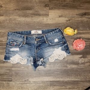 Hollister Low Rise Lacey Shorts
